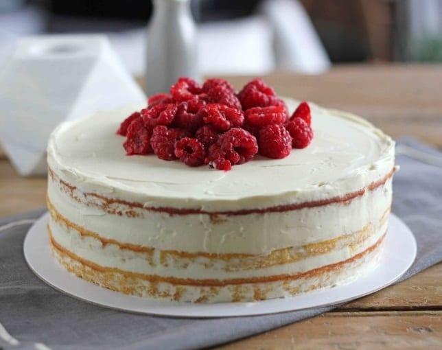 Low Carb Orange, Almond and Mascarpone Cake